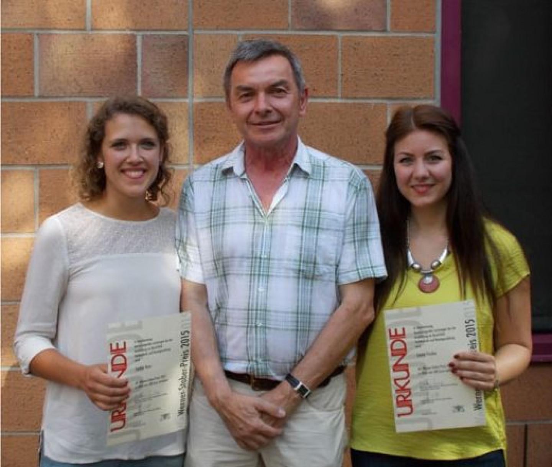 Stoberpreis-2015-für-Absolventinnen-der-HLS-II